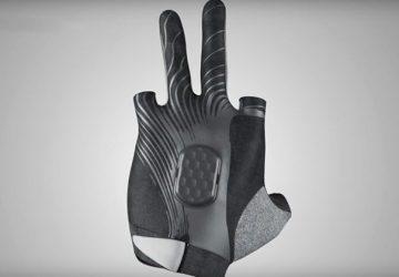 delta gloves